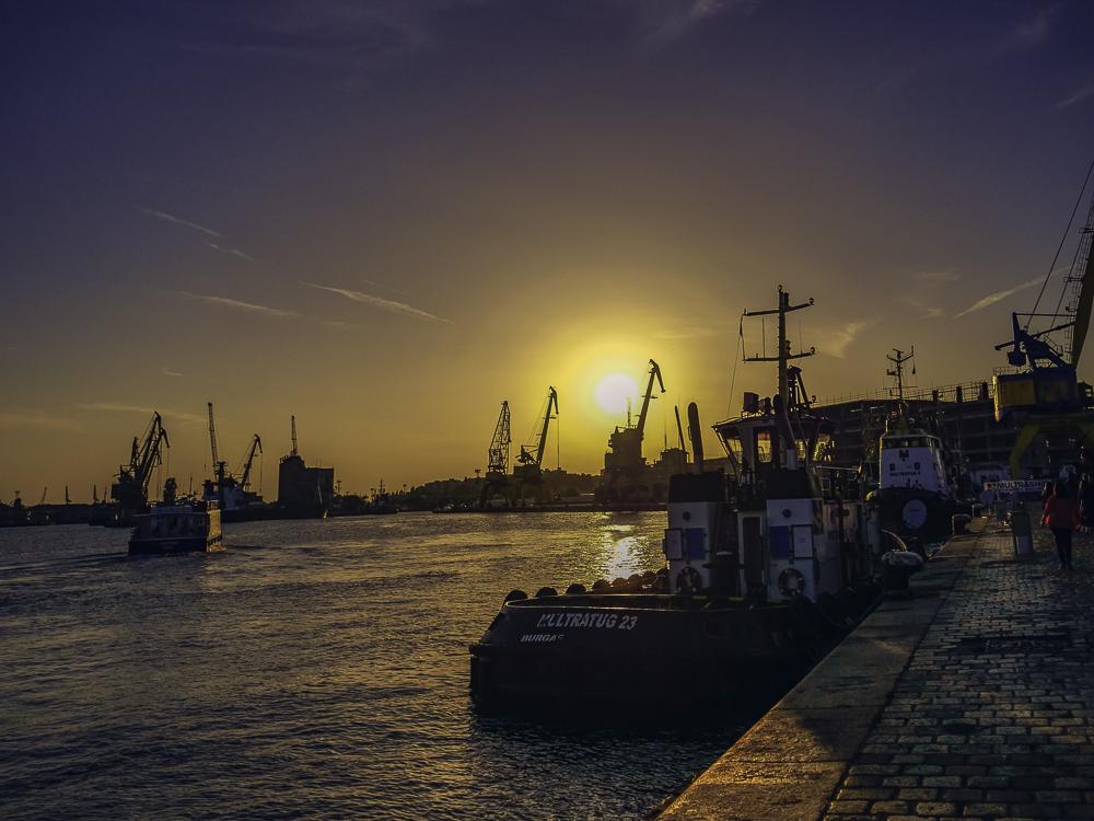 puerto Burgas en el Mar Negro