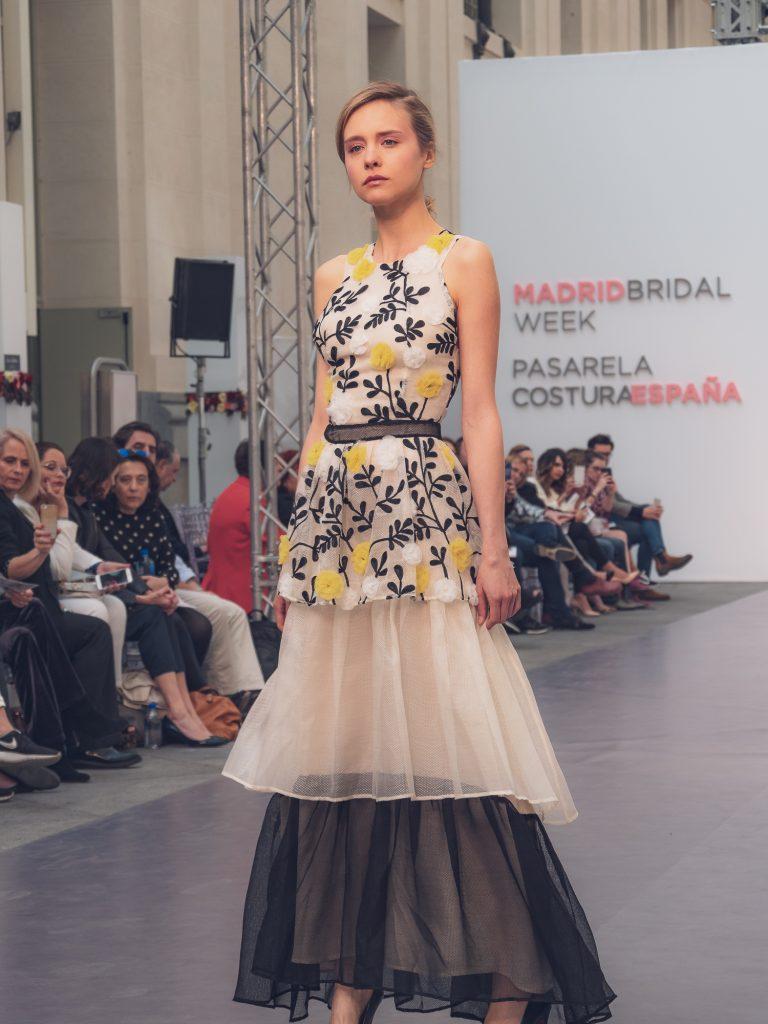 Ana Bello